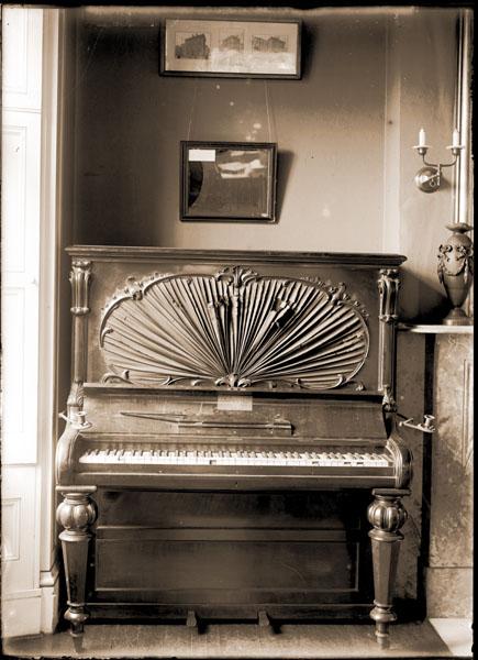 Image of Henry Shaw Memorabilia.  Piano.