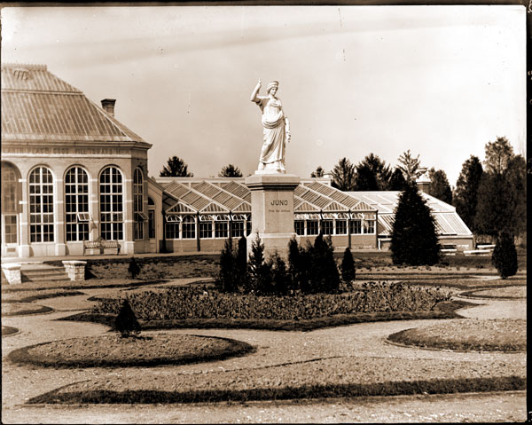 Image of Statue of 'Juno' in the parterre in the 1890's.