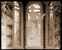 Image of Victory statue.  Original in Pitti Gallery, Florence, Italy.