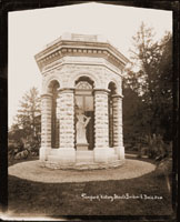 Image of Temple of Victory in Shaw's Garden. E. Boehl photographer.  Print available at PHO 2007-1546.