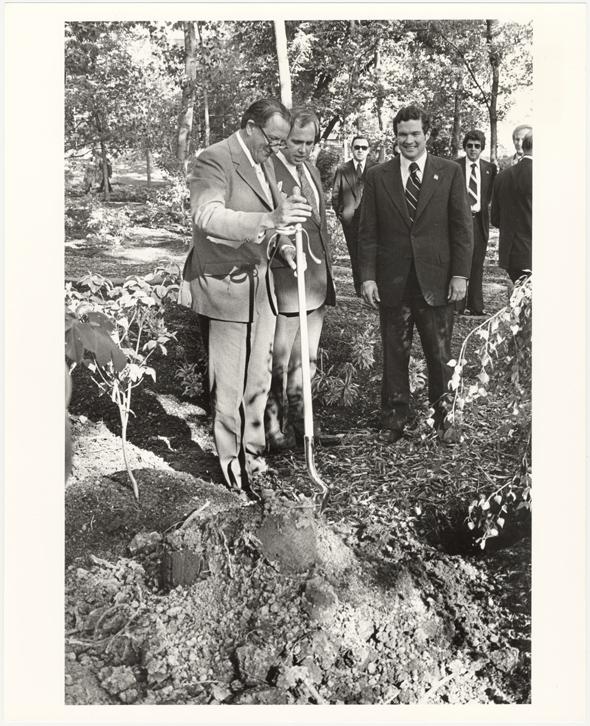 Image of English Woodland Garden. Dedication. May 4, 1976.  Professor John Heslop-Harrison, Director of the Royal Botanic Gardens at Kew. MBG Director, Dr. Peter H. Raven. Missouri Governor, Christopher S. Bond.