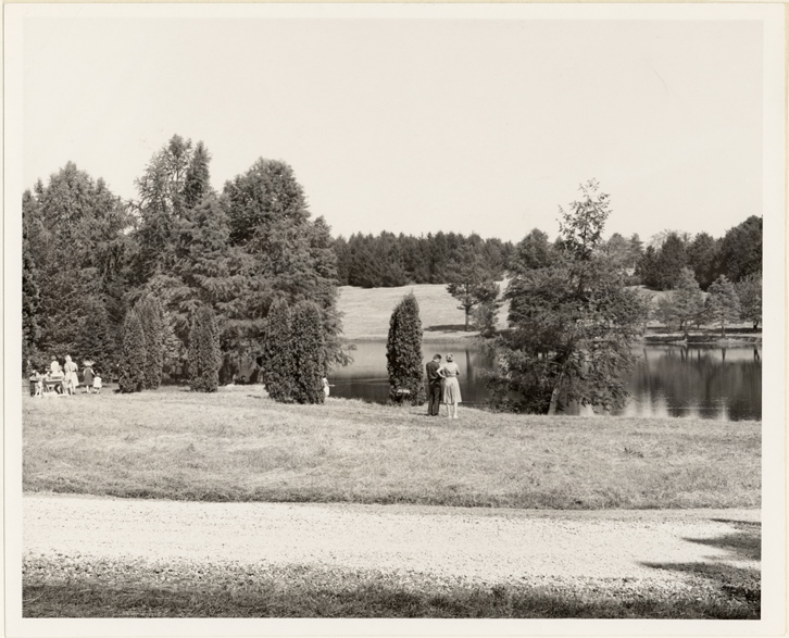 Image of Friends of the Garden Picnic.  Arboretum.  1963?