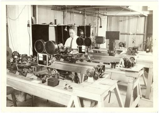 Image of Time-lapse photography set up.  Arthur Pillsbury.  MBG Bulletin 1927, Vol. 15, no. 7, p. 111.
