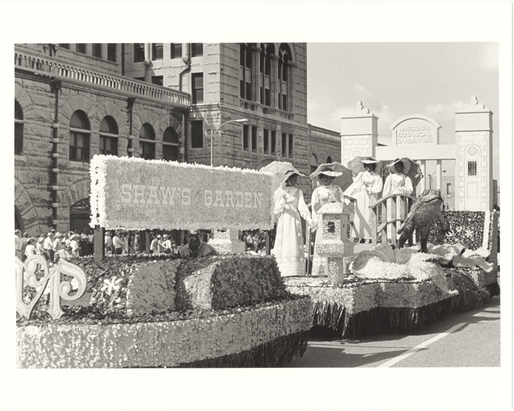 Image of Shaw's Garden float.  Same as PHO 2007-1509.