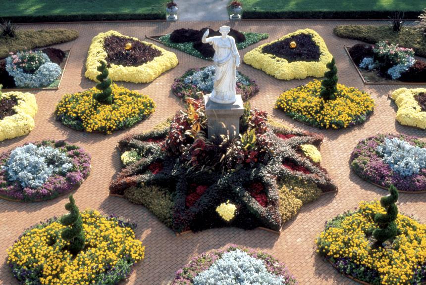 Image of Kresko Victorian Garden.