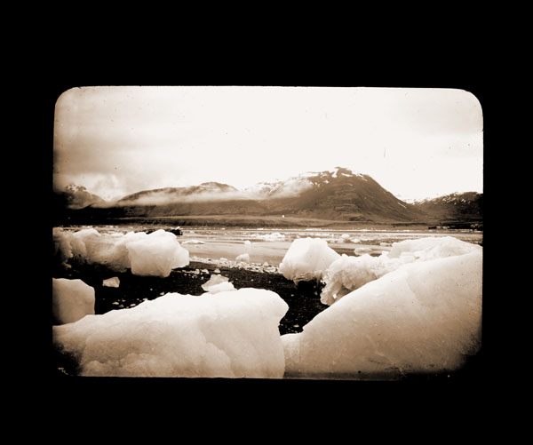 Image of Ice pieces from Muir Glacier.  Harriman Alaska Expedition, 1899.