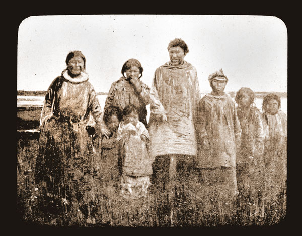 Image of Pt Barrow Esquimaux.  Harriman Alaska Expedition, 1899.